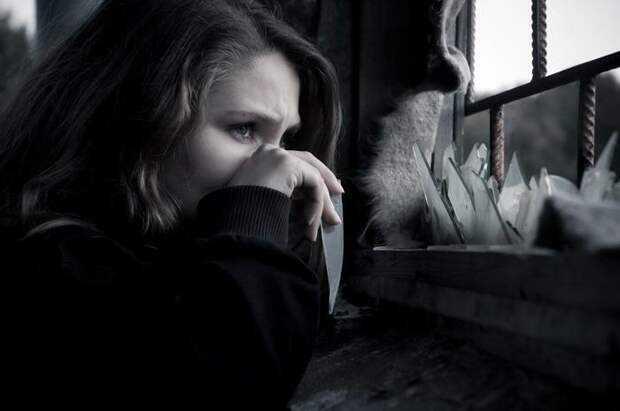 Человек в одиночестве и вокруг него.  почему одиночество— общественно значимая проблема и как ее решать - тасс
